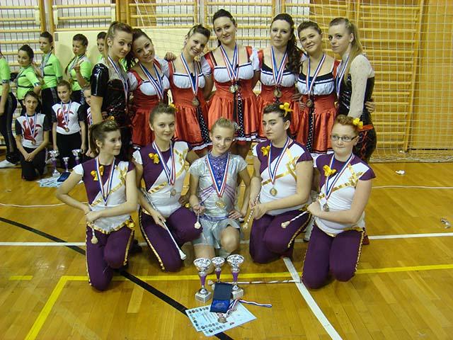 Gledate sliku iz ?lanka: Mačanske mažoretkinje - Državni turnir u Ivanić gradu